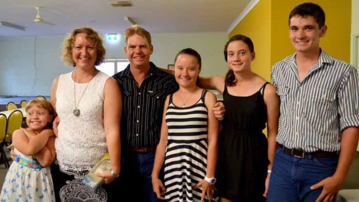 Bryan and Tamsin Wells Family - Invest Blue